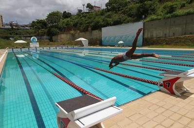O projeto é uma iniciativa da Rede Bahia. As atividades iniciam às 9h, com apoio da Sudesb, Federação de Desportos Aquáticos (FBDA) e FTC