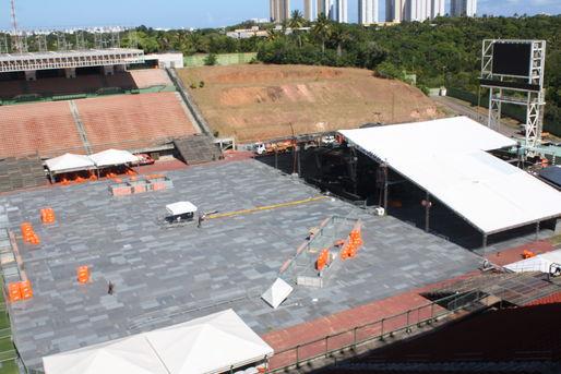 Pituaçu recebe piso especial que garante o espetáculo no ensaio do Harmonia do Samba