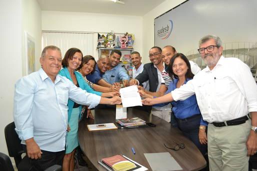 Assinatura Ordem de Serviço da quadra de Maragogipe