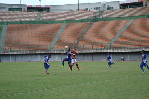 Lance de Jogo entre Atl�ntico e Flamengo