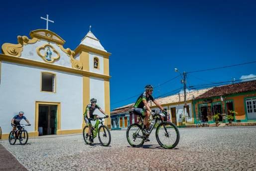 Porto Seguro recebe a oitava edição da Brasil Ride
